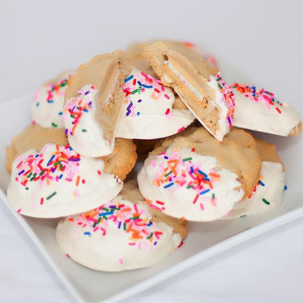 White Chocolate Chip Cookie ~Stuffed Birthday Cake Oreo